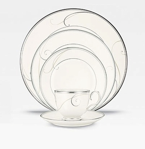 noritake plat wave set
